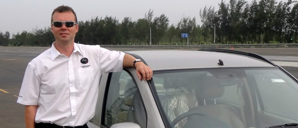 Delhi Airport Local and Outstation Tour Car Taxi Rental Service